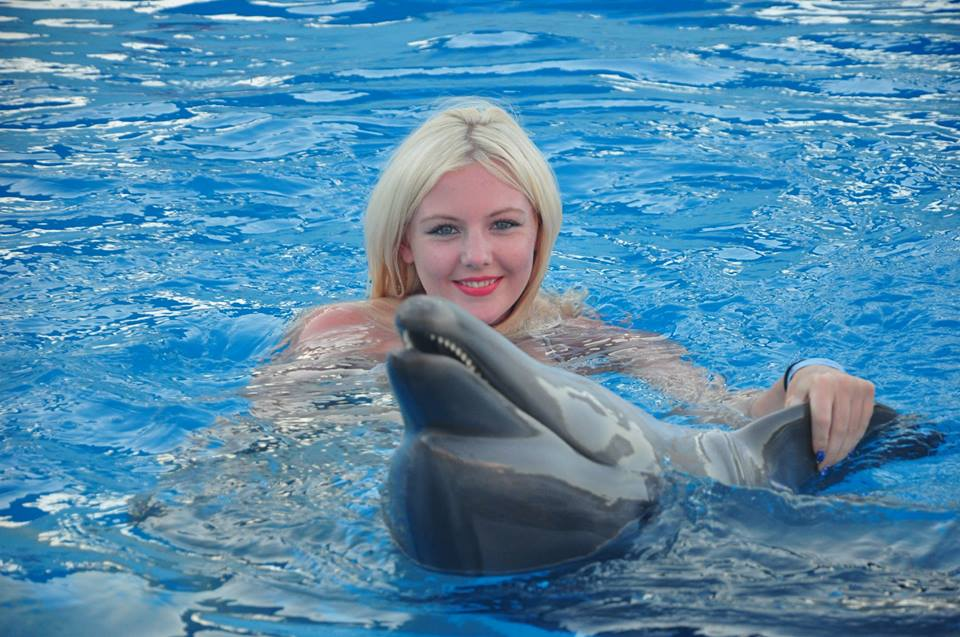 swimming with dolphin tour hurghada